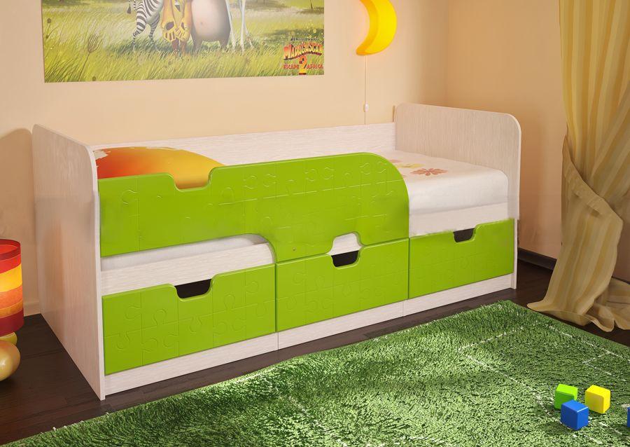 Детскую кровать дельфин